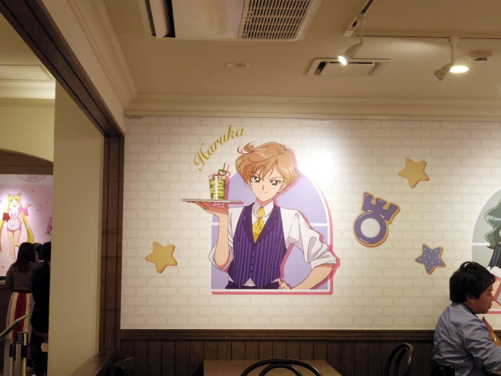 Inside the Sailor Moon Cafe (3)
