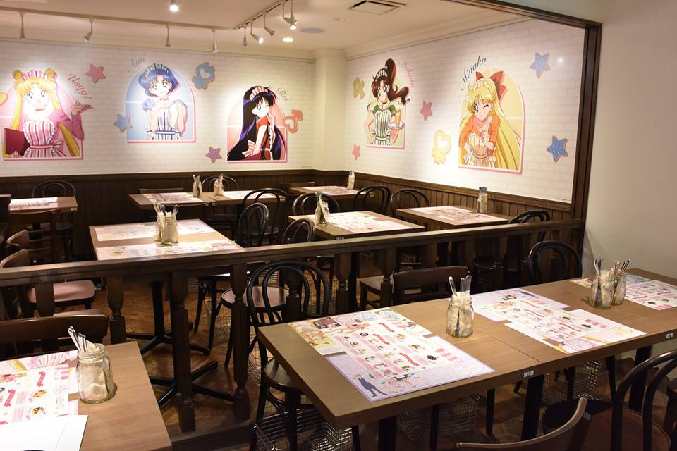Inside the Sailor Moon Cafe (2)