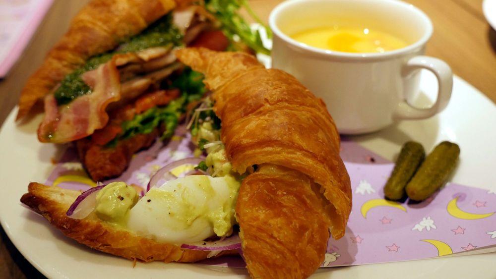 Usagi's Sleepyhead Croissant Sandwiches (2)