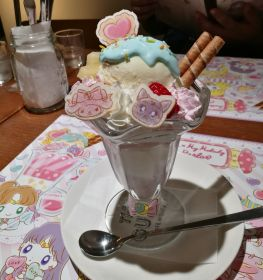 Luna & My Melody's Friendly Parlor Parfait